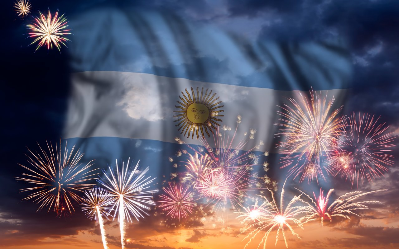 drapeau argentin et feux d'artifice