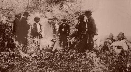 Gauchos au XIXe siècle autour d'un asado